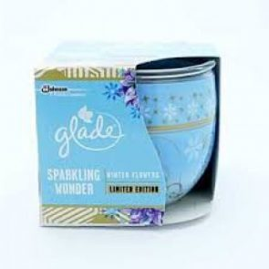 "Glade Sparkling Wonder ""Winter Flowers"" Limited Edition Ароматизираща Свещ 120 г."