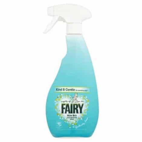 Fairy Non Bio Спрей за Премахване на Петна 500 мл.